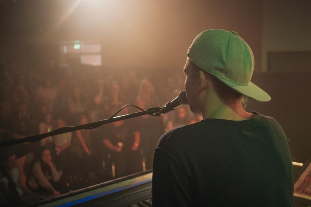 Taylor Luc Jacobs begeisterte 200 Zuschauer im Bilo in Velbert