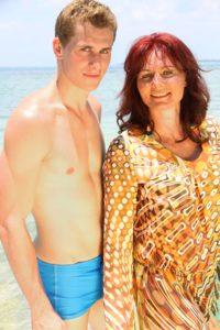 Lukas mit seiner Mutter Birgit