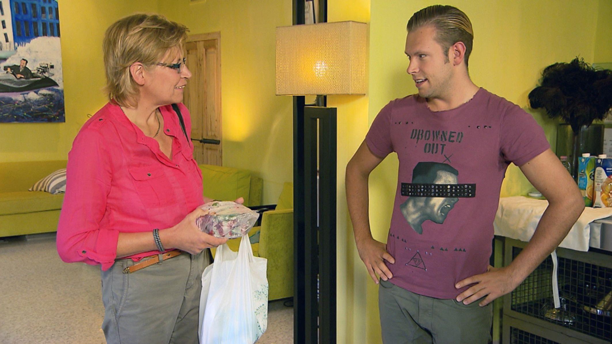 Mama Mia - Folge 5 - Tom mit seiner Mutter Doro