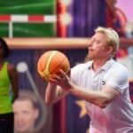 Becker gegen Pocher – Spiel Basketball