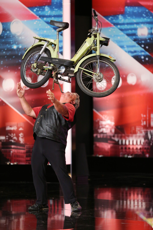 Das Supertalent 2013 - Folge 5 - Frank Simon ist The Balance Master