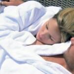 Der Bachelor 2014 - Folge 2 - Angelina und Christian kuscheln