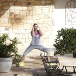 Der Bachelor 2014 - Folge 2 - Daniela bei ihren Yoga-Übungen