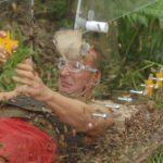 Dschungelcamp – Kakerlaken-Sarg – Jochen Bendel überschüttet mit 40.000 Kakerlaken