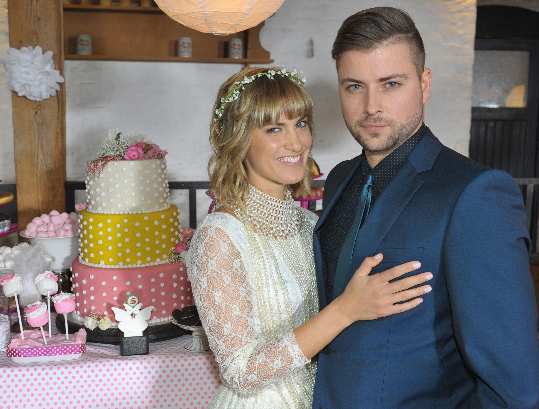 Gzsz Vorschau Hochzeit Pia Und John Stars On Tv