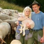 Bauer sucht Frau 2014 - Heike und Rainer kümmern sich um die Schafe