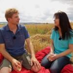 Bauer sucht Frau 2014 - Rolf und Janine pausieren auf der Wiese