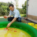 Bauer sucht Frau 2014 - Folge 8 - Rainer bereitet das Plantschbecken vor
