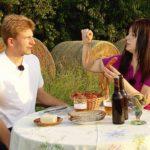 Bauer sucht Frau 2014 - Folge 8 - Janine und Rolf genießen ihre Würstchen