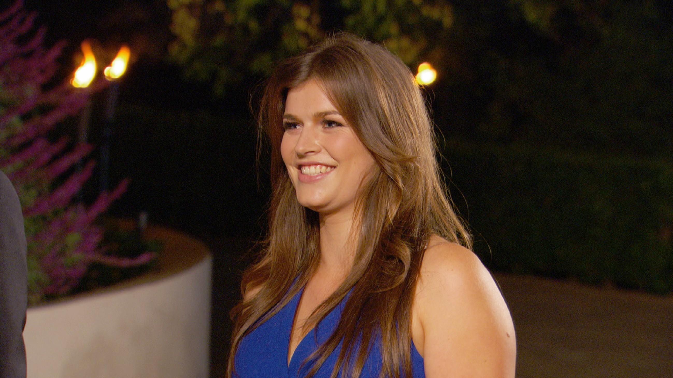 Der Bachelor 2015 - Folge 1 - Lisa