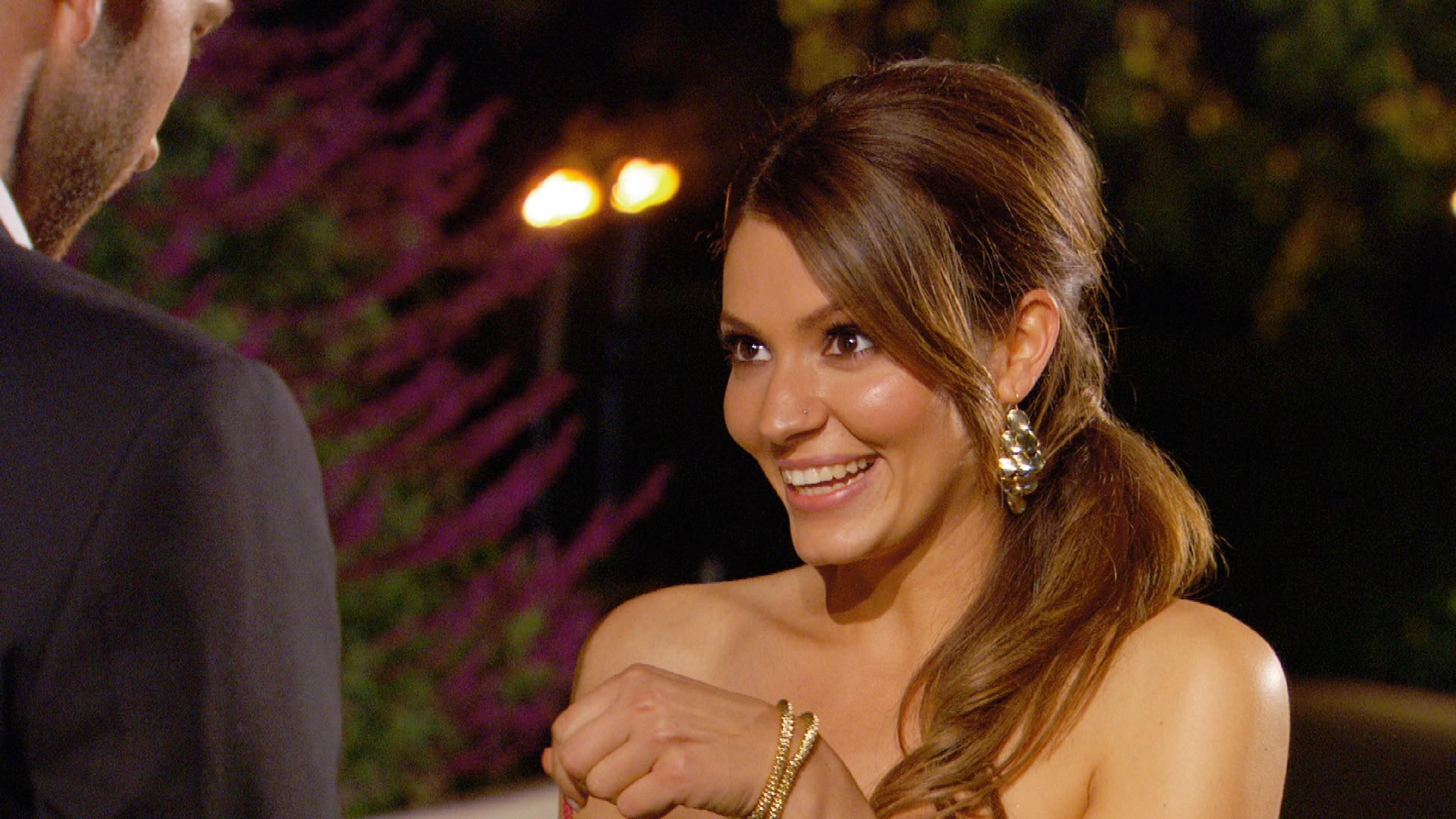 Der Bachelor 2015 - Folge 1 - Petra