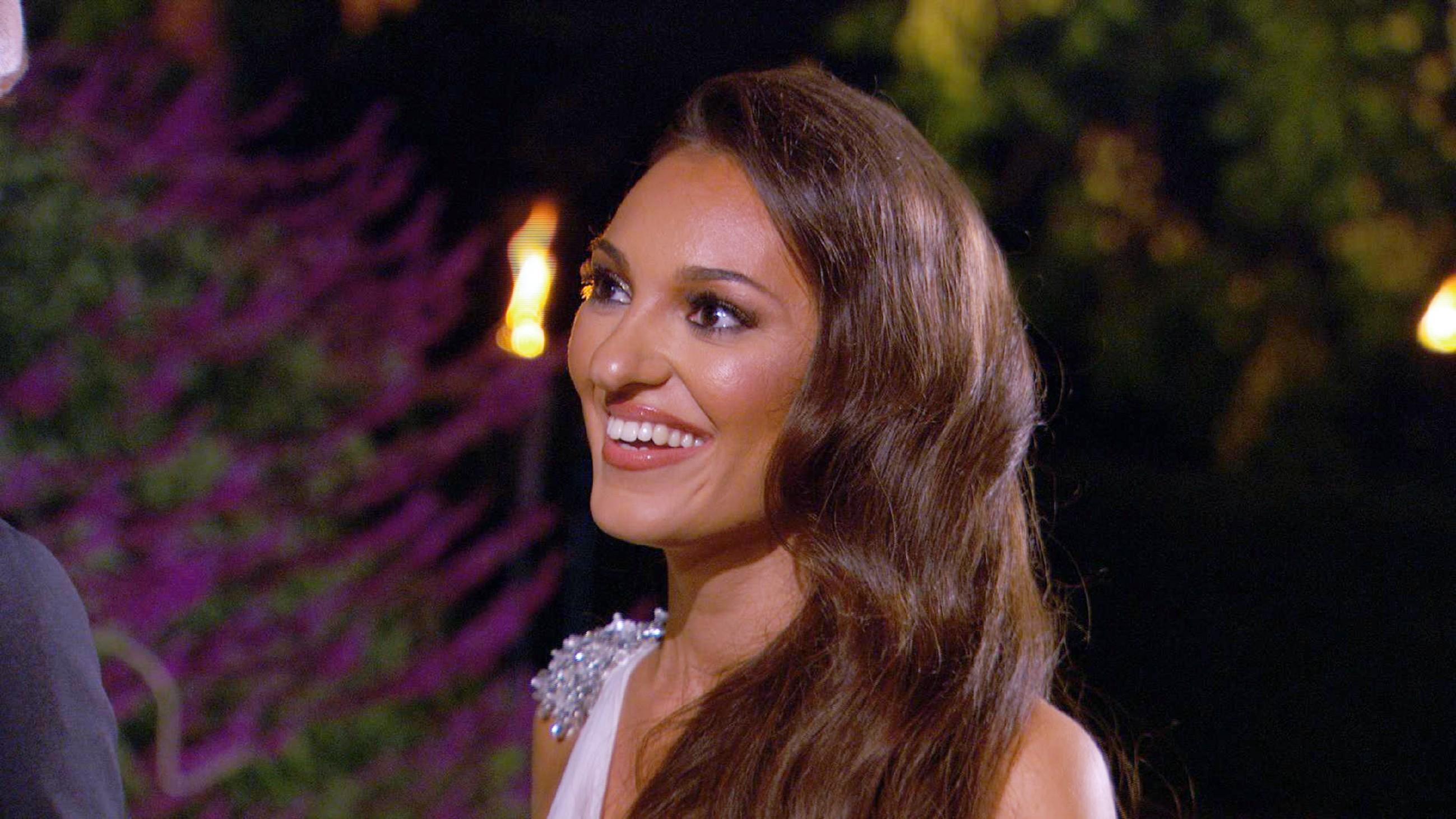 Der Bachelor 2015 - Folge 1 - Susanna