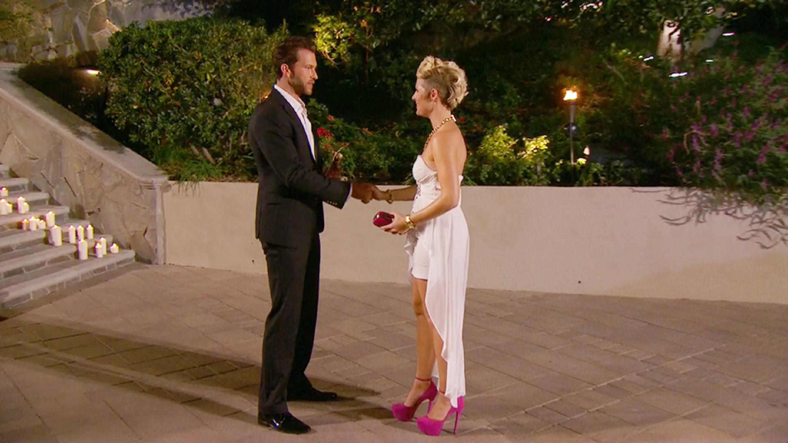 Der Bachelor 2015 - Folge 1 - Annamarie