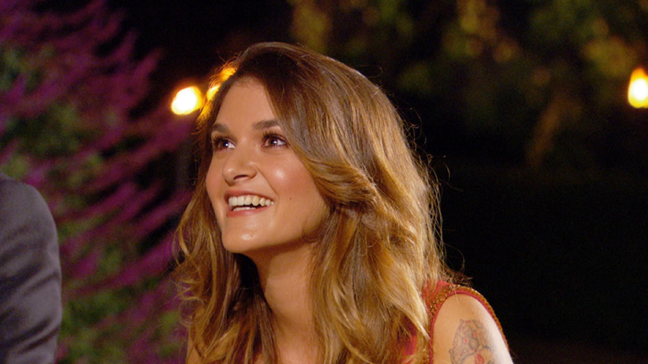 Der Bachelor 2015 - Folge 1 - Samira