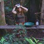 Dschungelcamp 2015 Tagebuch TAG 2 - Rebecca hat was in den Haaren