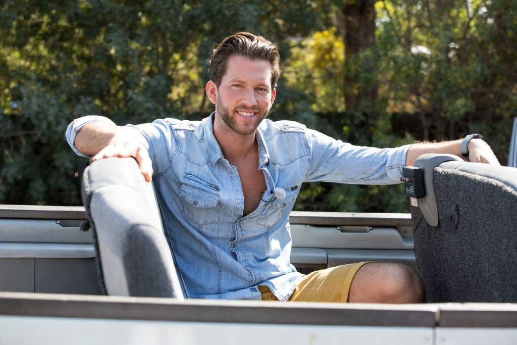 Der Bachelor holt seine auserwählten Ladies zur Hollywood-Tour ab.