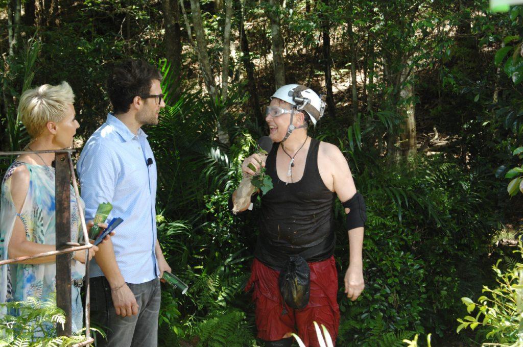 Die Camper haben entschieden, dass Rolfe Scheider (58) heute seine erste Dschungelprüfung absolvieren soll.