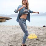 Deutschlands schönste Frau - Lena Gercke am Strand