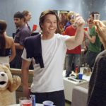 Ted - Ted und John auf der Party