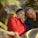 Der Bachelor 2015 Halbfinale - Carolin und Oliver schmusen