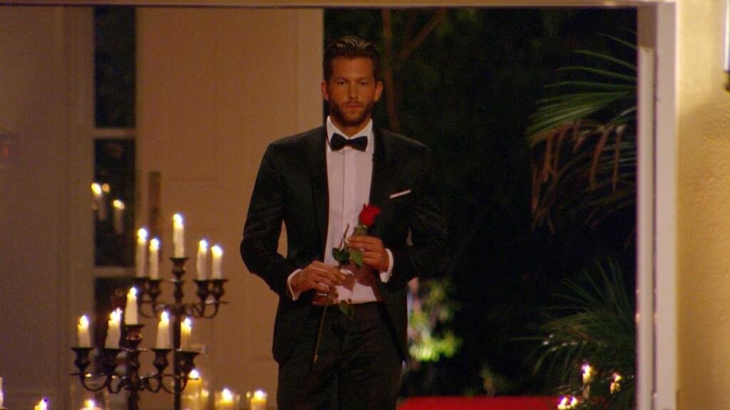 Wer bekommt die allerletzte Rose von Oliver?