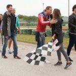 Die Bachelorette 2015 Folge 3 - Begrüßung auf der Kartbahn