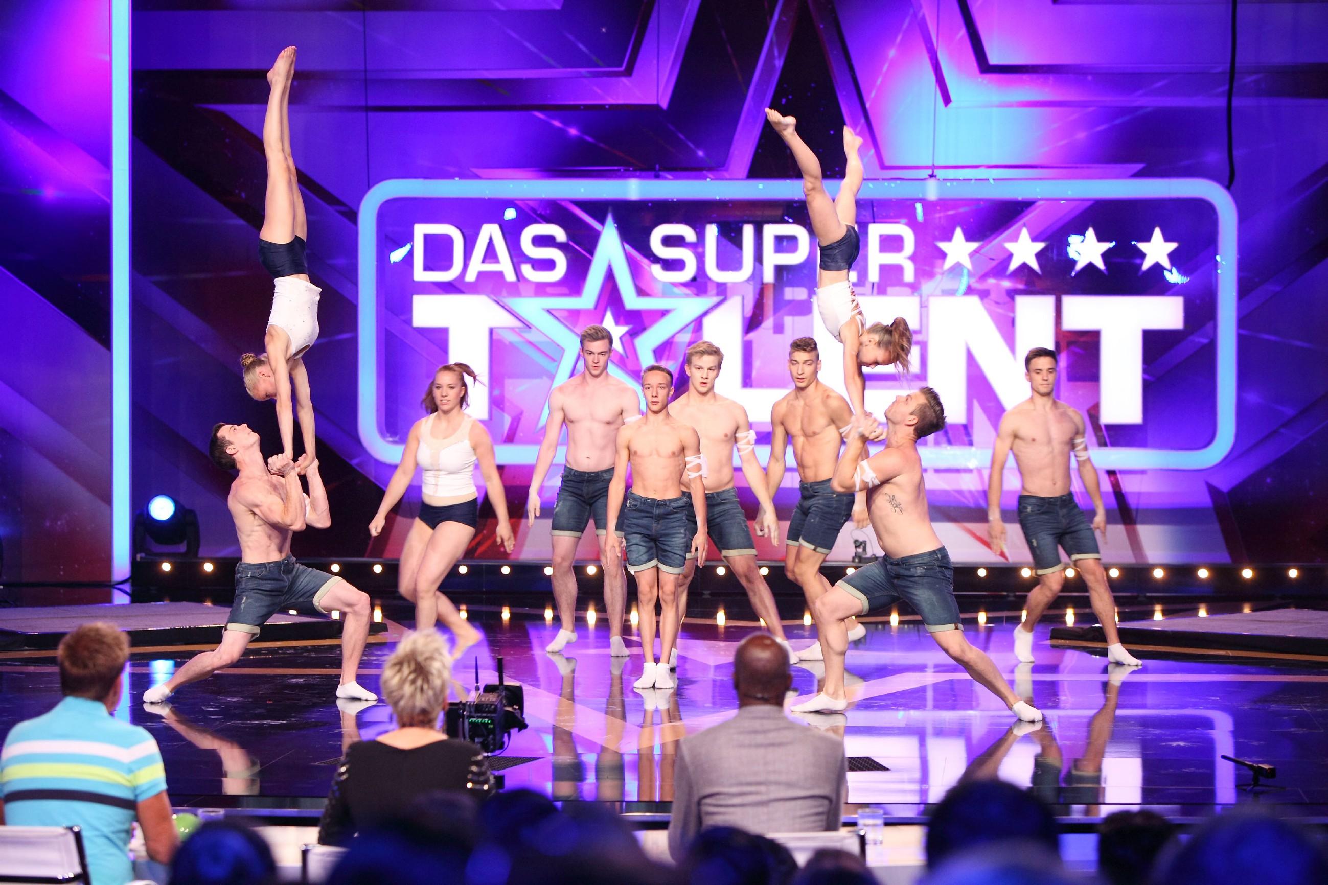 Das Supertalent 2015 Show 5 - Power aus ganz Deutschland