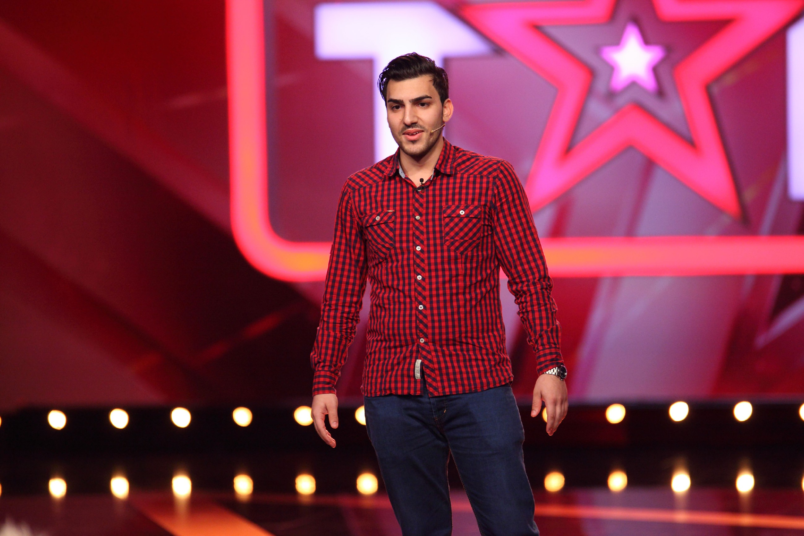 Das Supertalent 2015 Show 5 - Cem Okyay aus Jockgrim