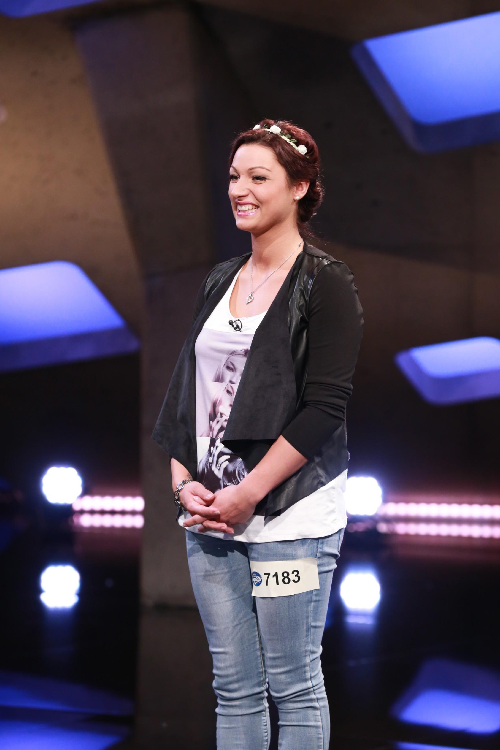 DSDS 2016 Casting 1 - Angelika Wolf aus Bad Arolsen