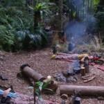 Dschungelcamp 2016 Tag 1 - Camper im Snake Rock ruht sich aus