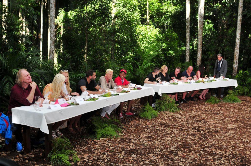 Diese erste Prüfung ist auch gleich das erste Dschungelduell in der Geschichte des Dschungelcamps