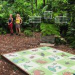 Dschungelduell 5 - Jenny und Helena treffen sich zu einem Dschungel-Brettspiel