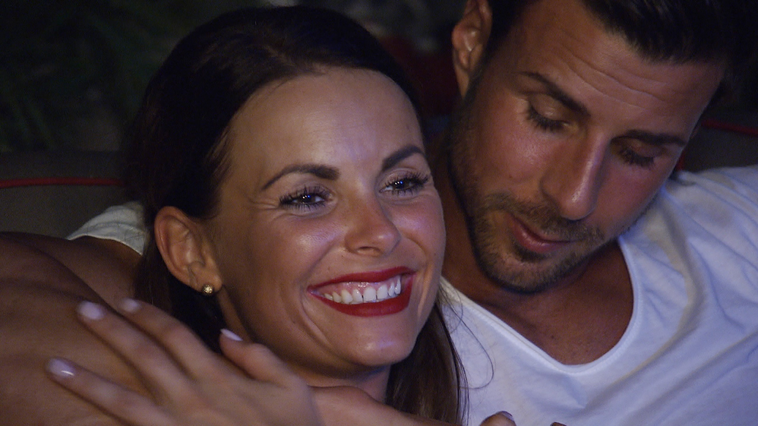 Der Bachelor 2016 Folge 5 - Denise und Leonard