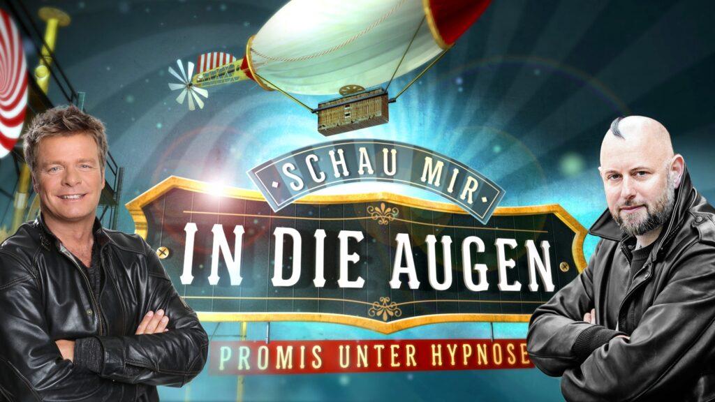 So hat man Stars noch nie erlebt! Moderator Oliver Geissen (l.) und Hypnotiseur Jan Becker laden zehn Prominente ein, in der neuen Event-Show unter Hypnose für den guten Zweck zu spielen.