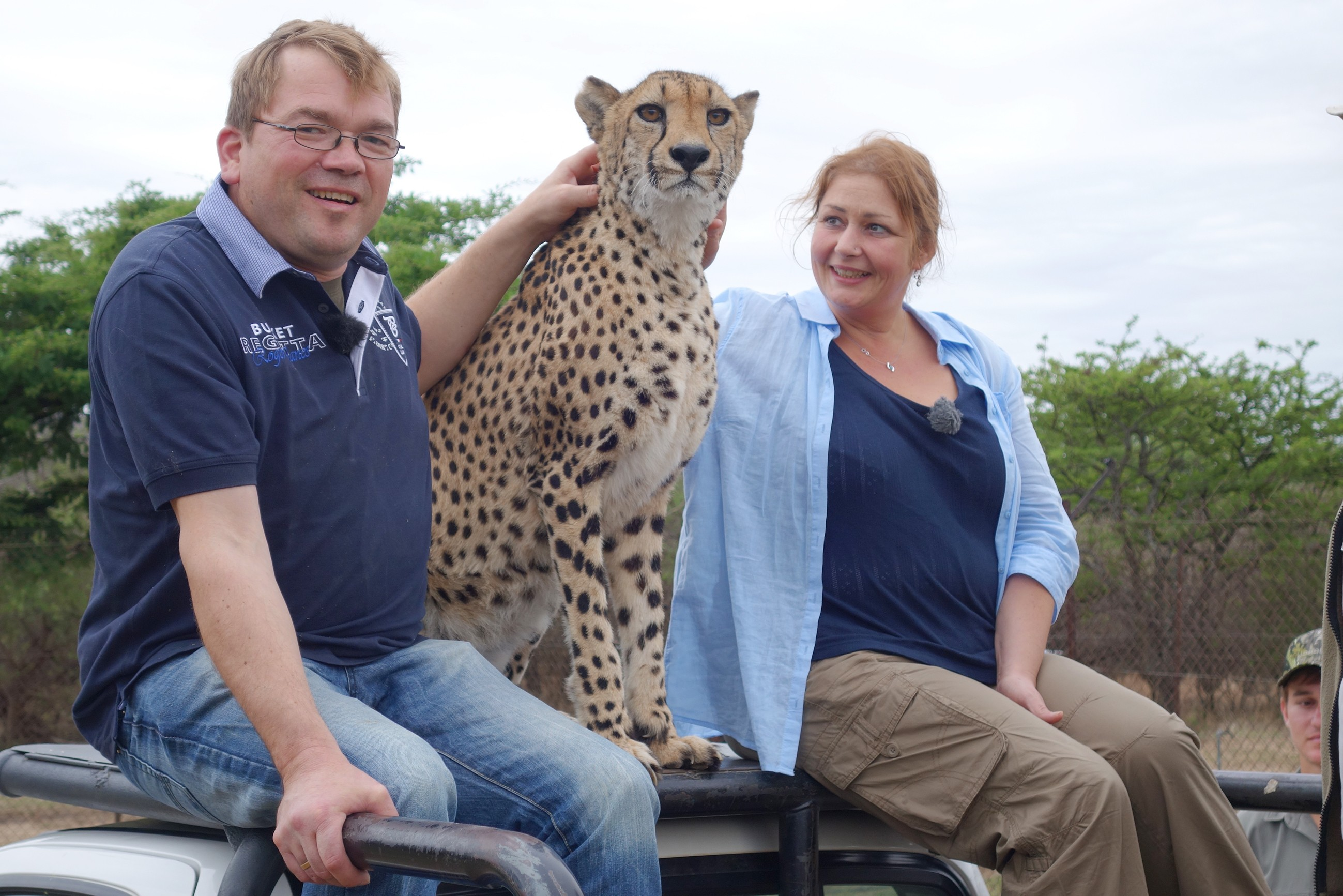 Bauer sucht Frau 2016 - Ziegenwirt Willi und Karola auf Safari