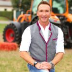 Bauer sucht Frau Bauernolympiade - Moderator Jochen Bendel
