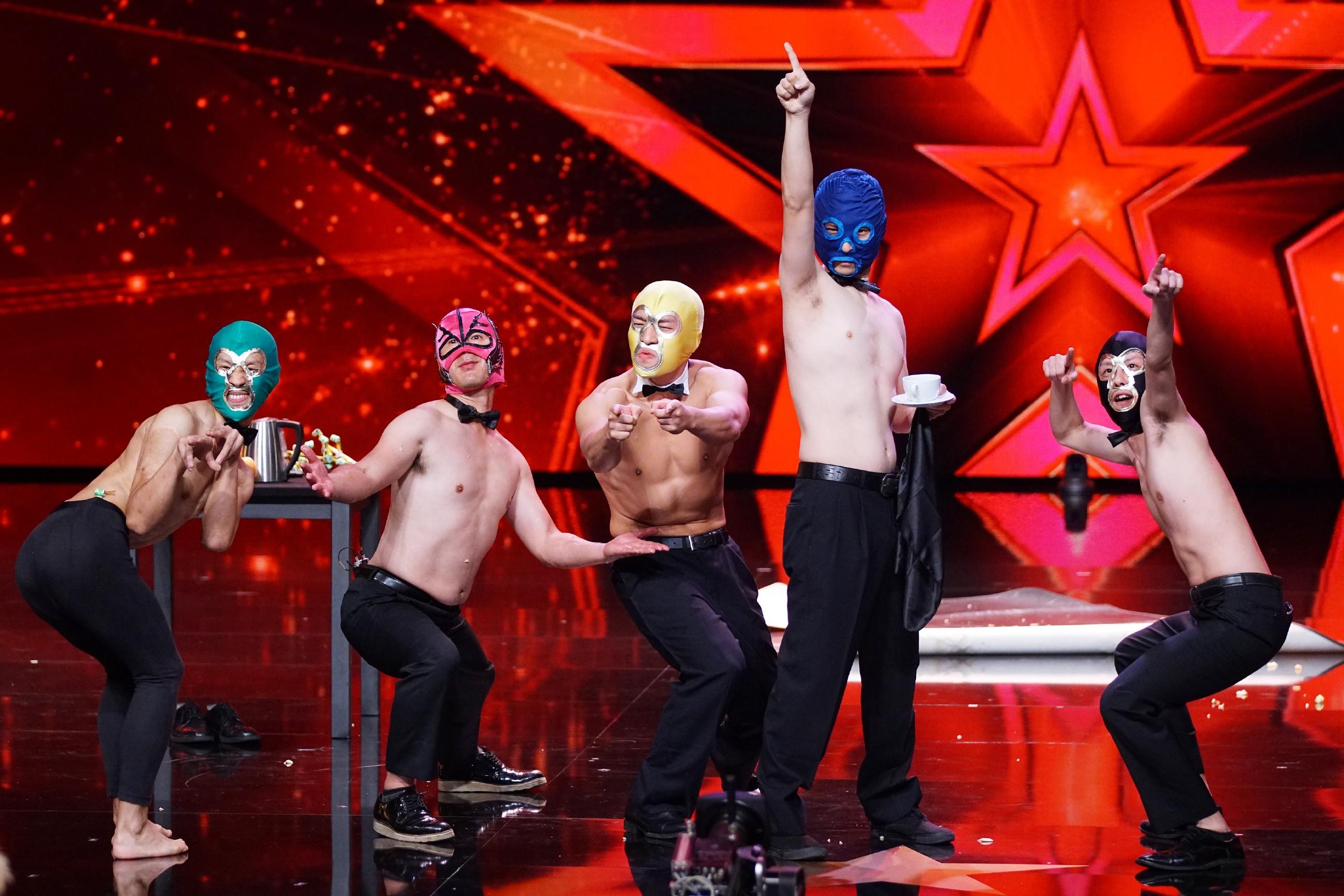 """Das Supertalent 2016 Casting 2 - Tomohiro Misu und seine """"Mask Performers"""""""