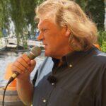 Schwiegertochter gesucht 2016 - Artur greift zum Mikrofon