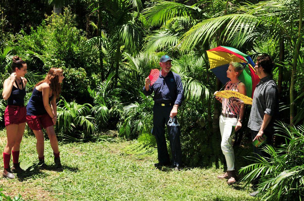 Hanke Rackwitz und Nicole Mieth (l.) müssen zu ihrer ersten Dschungelprüfung antreten.