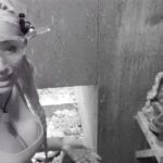 """Dschungelprüfung 8 """"Dschungelschlachthof"""" - Sarah Joelle inmitten von Fleischabfällen"""