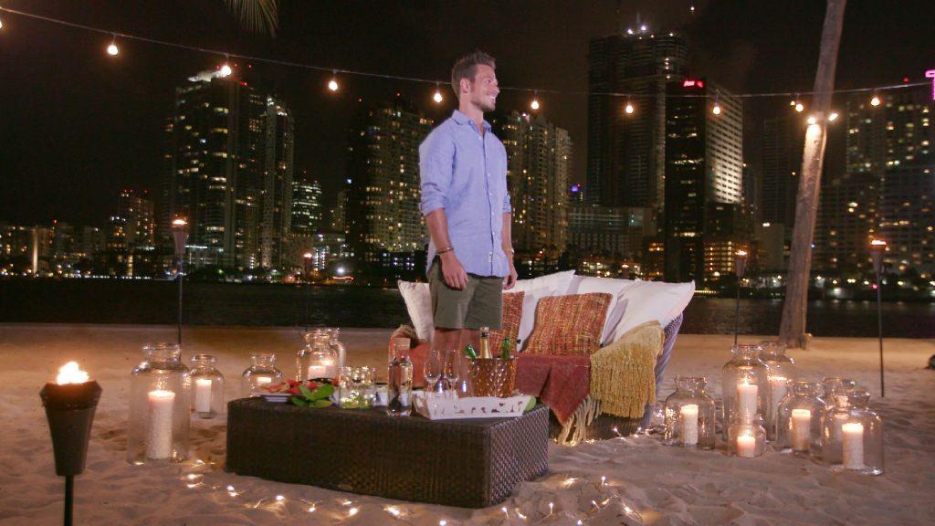 Mit wem wird Sebastian heute den Abend verbringen?