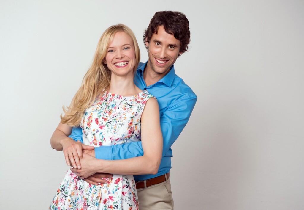 """Das Traumpaar der 11. Staffel """"Sturm der Liebe"""": Magdalena Steinlein als Luisa Reisinger und Kai Albrecht als Sebastian Wegener"""