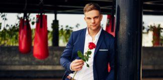 Schlagkräftig, gutaussehend und erfolgreich: Sebastian ist der neue Bachelor