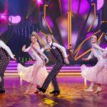 Let's Dance 2020 - Martin Klempnow, Ailton und John Kelly bei ihrem Gruppentanz