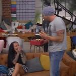 Big Brother Tag 47 - Guido macht Lusy ein Geschenk