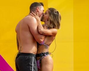Love Island 2021 Tag 2 - Andrina und Jannik knutschen heftig