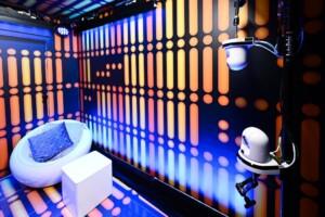 Promi Big Brother 2021 - Ein Sprechzimmer in der Raumstation