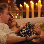 Die Bachelorette 2017 Folge 5 - David und Jessica beim Schmusen