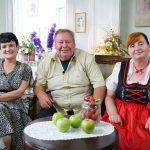 Bauer sucht Frau 2017 Folge 1 - Reinhold mit Siegrid und Karin