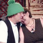 Das Sommerhaus der Stars 2017 Folge 2 - Manni tröstet Jana